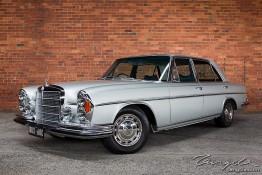 W109 Mercedes-Benz 300SEL 1j4c6195