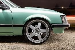 VH Holden Commodore SL/E nv0a0993